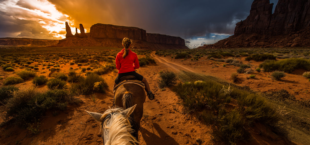 Sunset Horseback Ride Utah